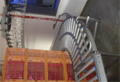 Crates transport Conveyor with curve